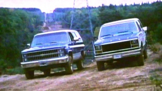1981 chevrolet fullsize k blazer vs ford bronco. Black Bedroom Furniture Sets. Home Design Ideas