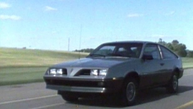 » 1983 Pontiac 2000 Dealer Promo Video