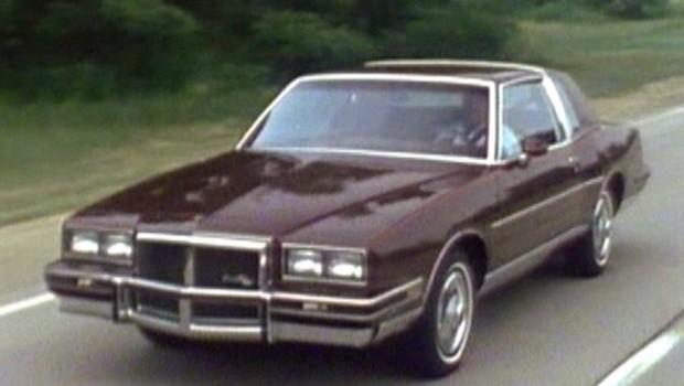» 1983 Pontiac Grand Prix Promo Dealer Training Video