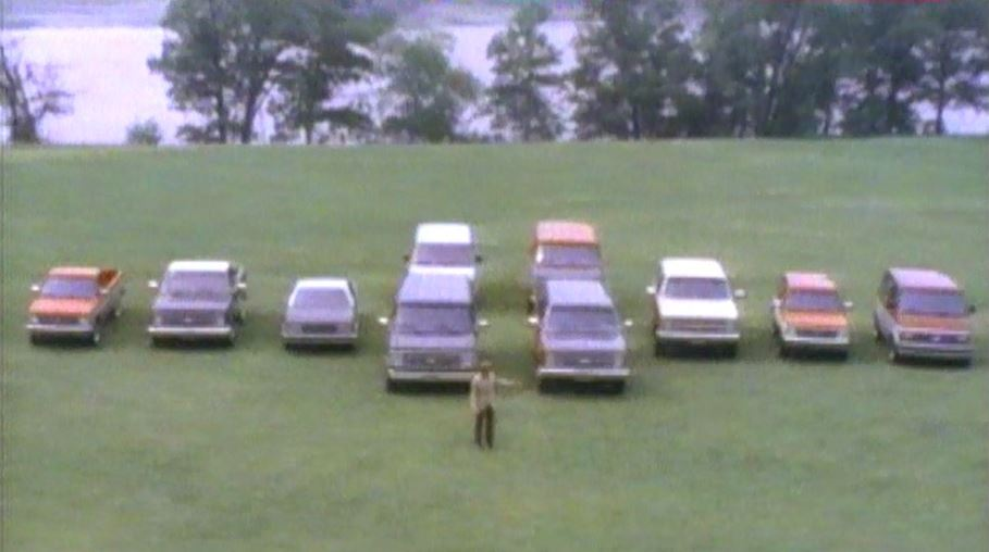 1986-chevrolet-truck-overview3