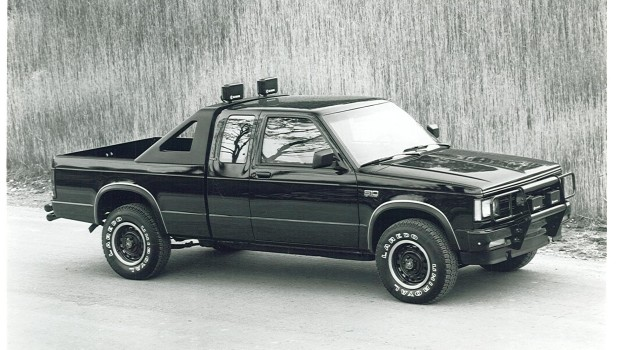 1988 Chevrolet S 10 Back Country Press Photo on mercury concept cars