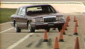 1990-lincoln-town-car
