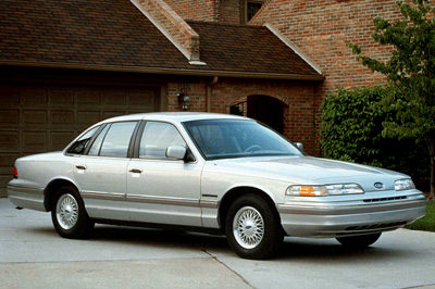 187 1992 Ford Crown Victoria Commercial