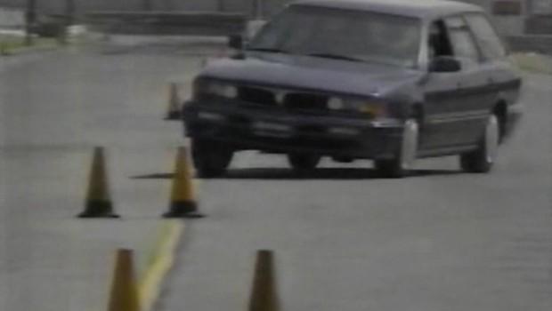 1993-Mitsubishi-diamante