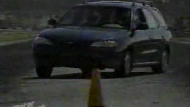 1996-hyundai-elantra-wagon1