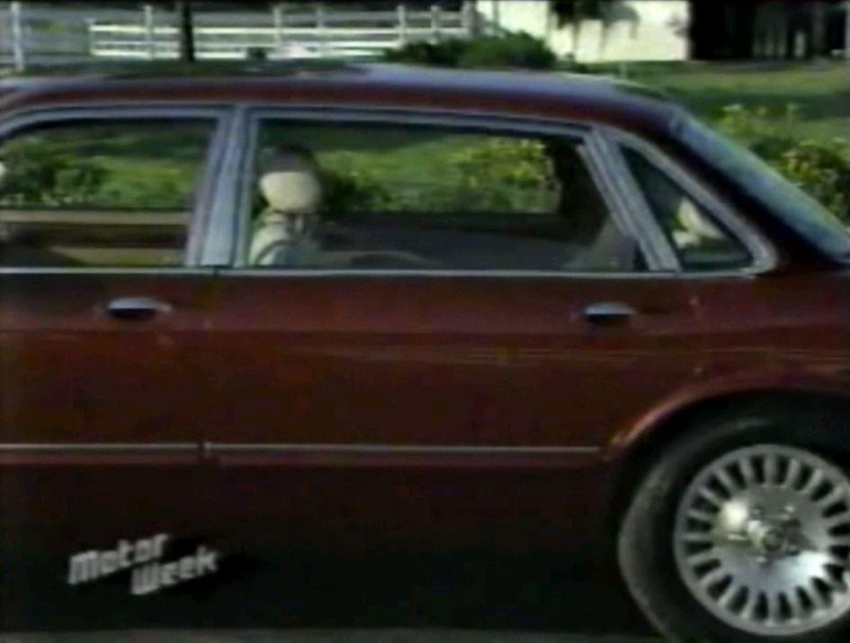 ... 1996 Jaguar Vanden Plas2