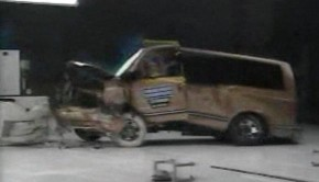 1997-Minivan-Crashtest