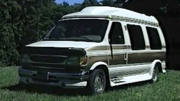 187 1998 Ford Econoline Conversion Van Test Drive