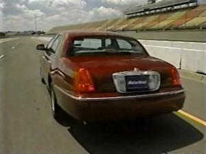 1998 Lincoln Town Car Test Drive