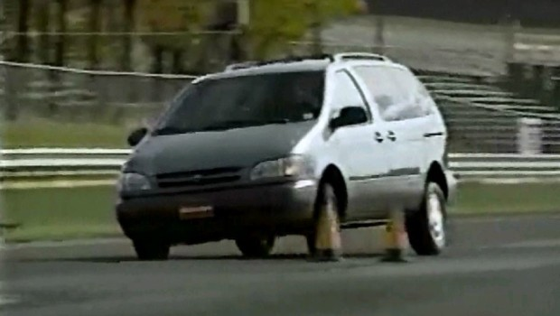 187 1998 Toyota Sienna Test Drive
