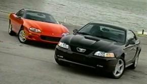 1999-Camaro-vs-mustang1
