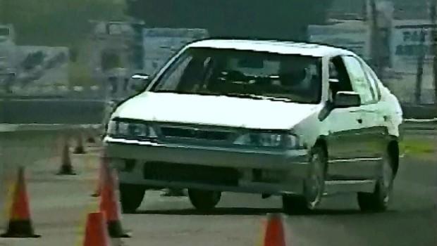 187 1999 Infiniti G20 Test Drive