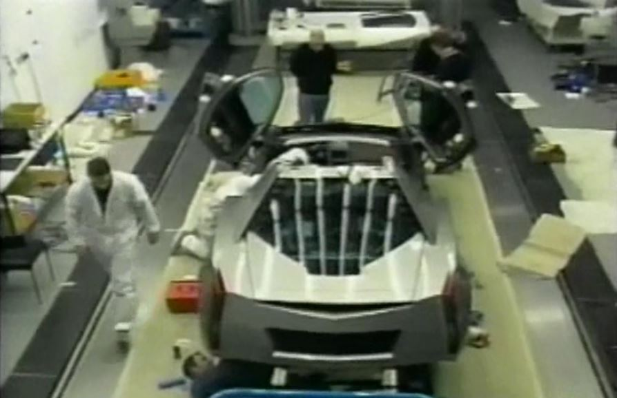 2002-Cadillac-Cien